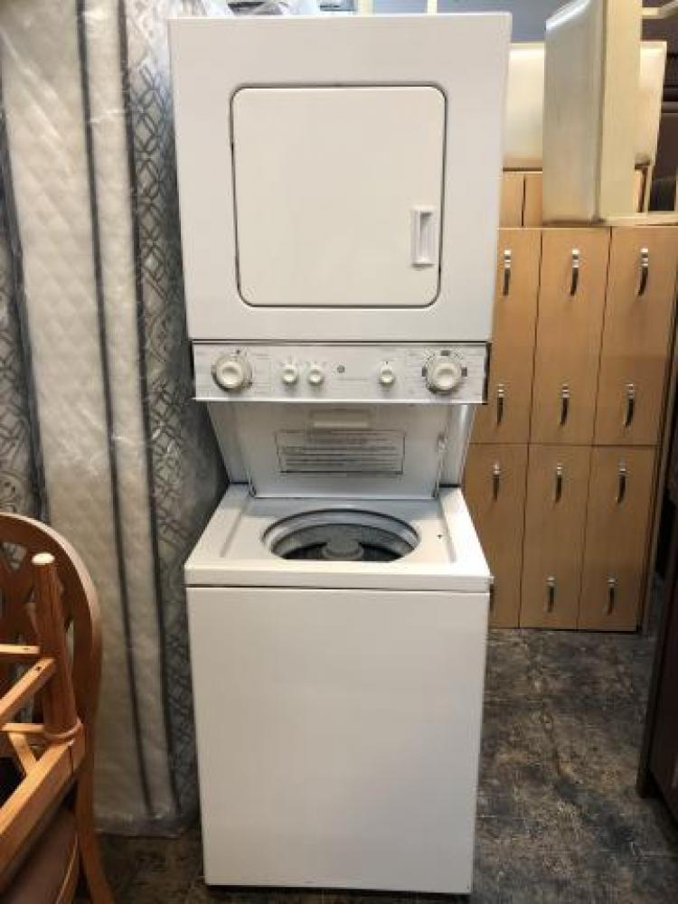 GE White Apartment Size Stackable Washer Dryer | HLW ...