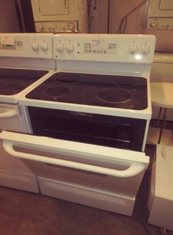 Ge Spectra Glass Top Stove Hlw Discount Furniture